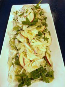 Æble og fennikel salat